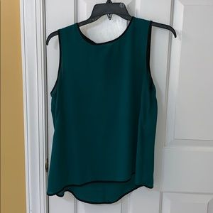 Bobeau green chiffon zip back work blouse